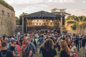 Gauklerfestung Bühne im Hauptgraben